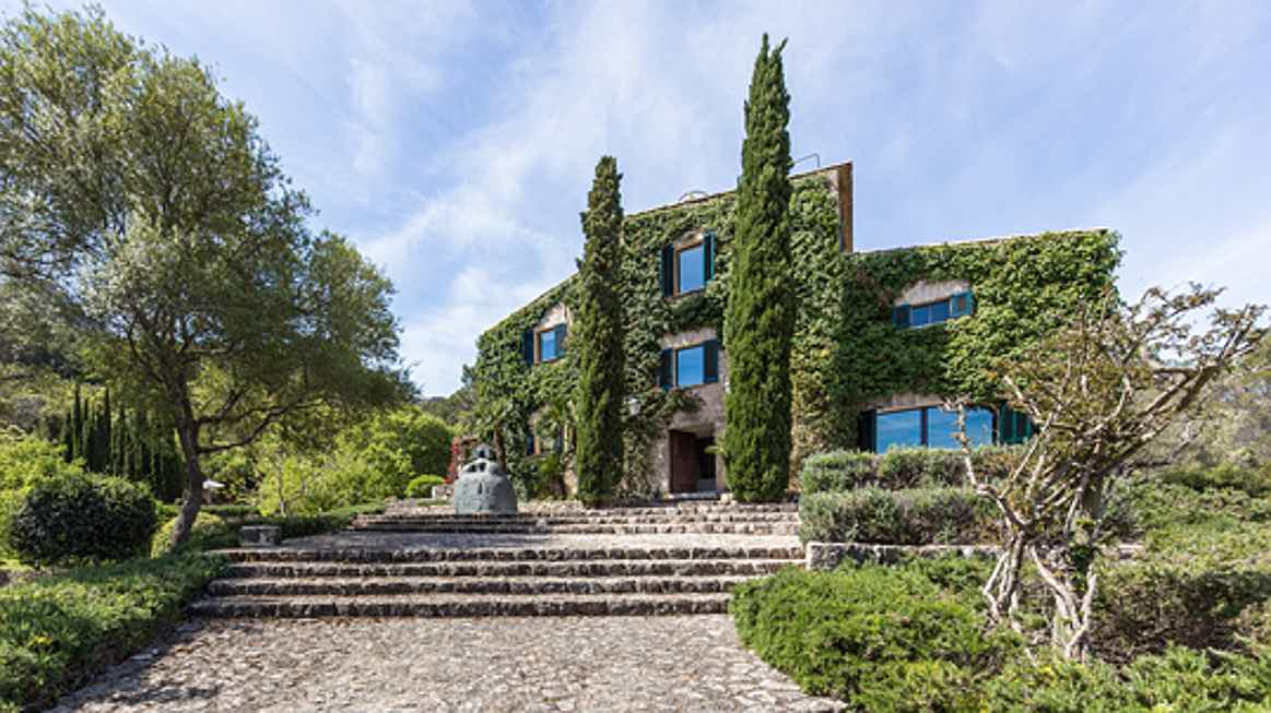 Mahón - Garden dreams on Majorca - Luxurious rustic Finca