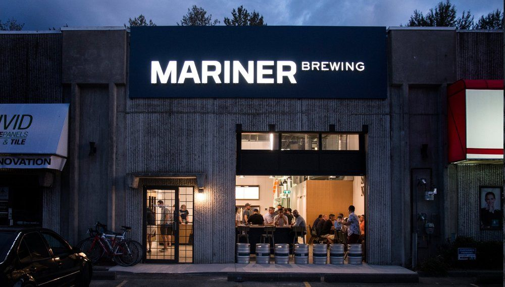 18GlasfurdWalker_MarinerBrewing_Signage2.jpg