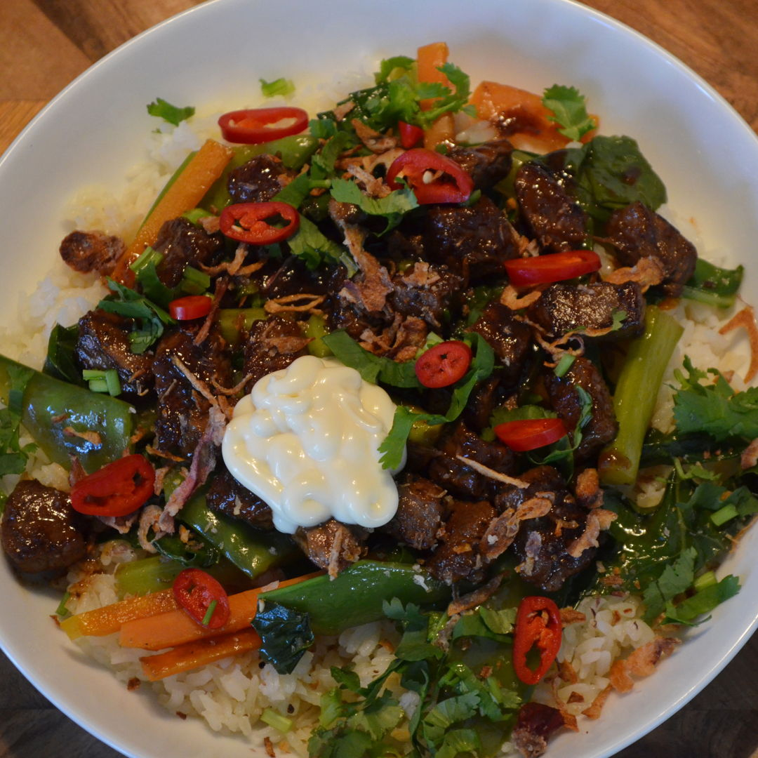 Date: 5 Jun 2020 (Fri) 138th Main: Honey-Soy Ginger Beef Bowl with Garlic Rice [380] [165.1%] [Score: 10.0] Cuisine: Asian Dish Type: Main