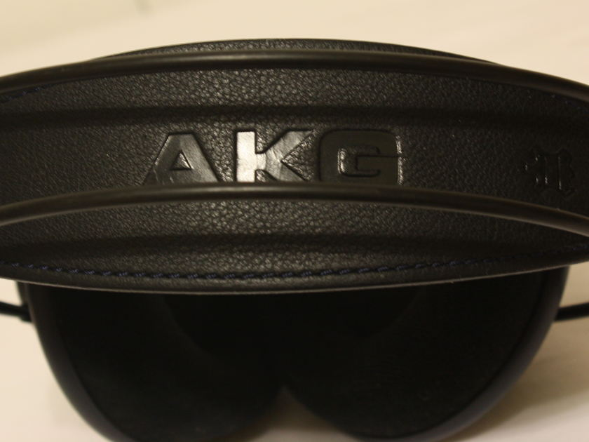 AKG   K702 Headphones. Hard to Find Dark Blue model. Made in Austria.