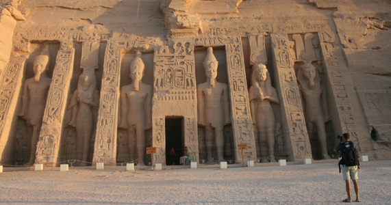 5-temples-to-visit-in-egypt