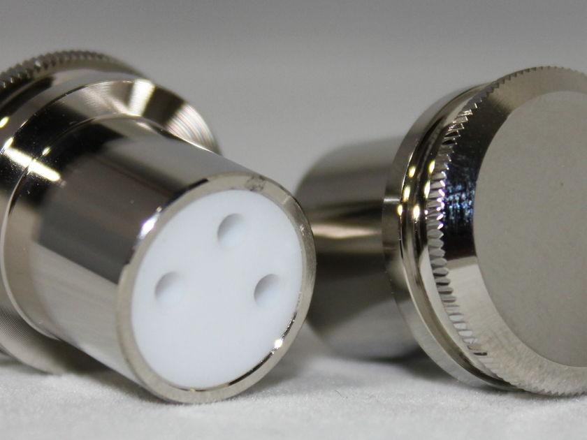 Apollo AV  4 pack Female XLR noise reducing caps with Teflon insulation - Female cap