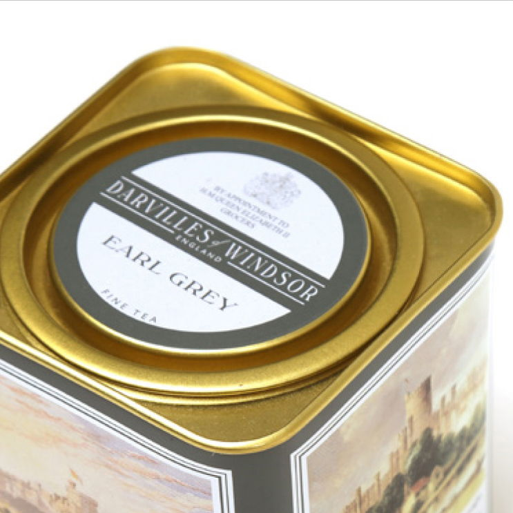 A lever lid tin