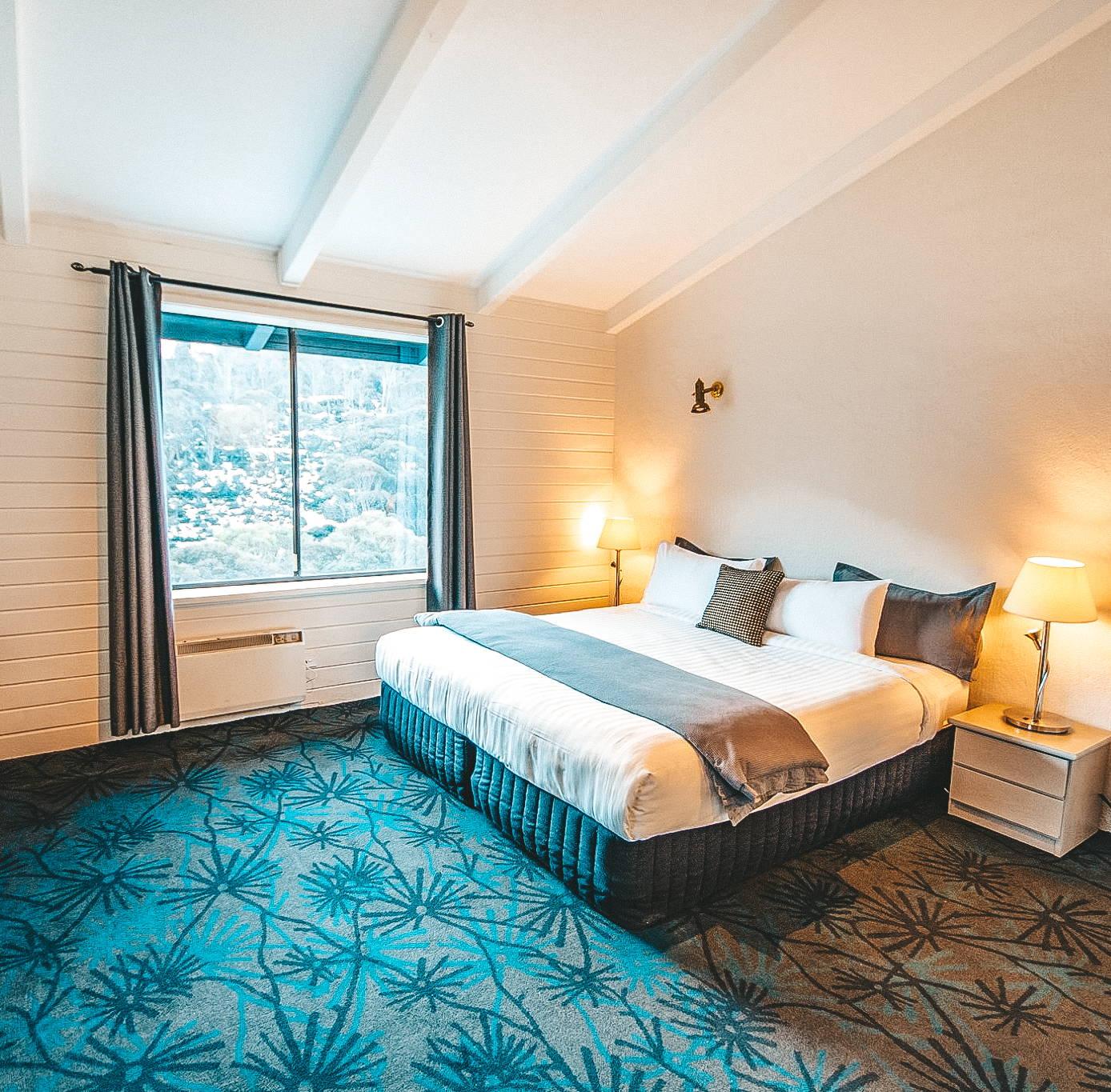 Mountain View Suite Image - Bernti's Thredbo Accommodation