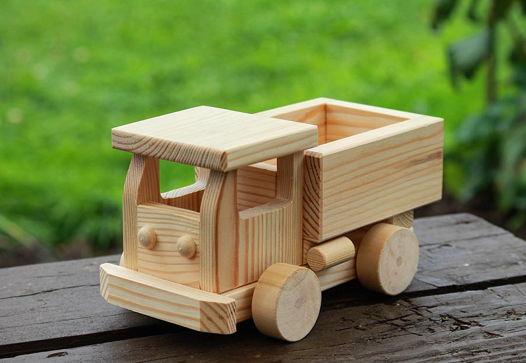 Деревянный грузовик КАМАЗ