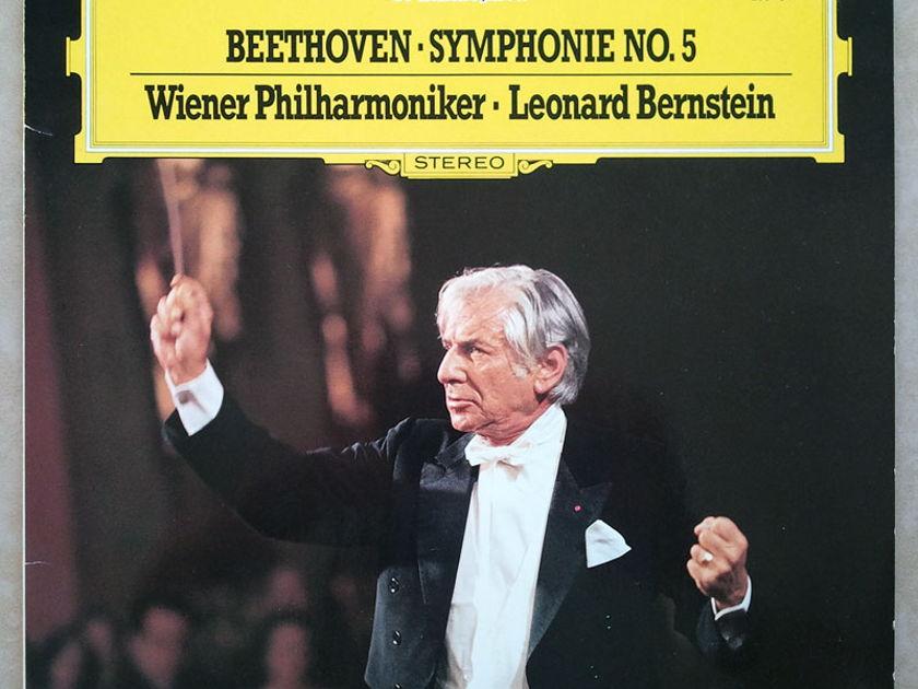 DG/Bernstein/Beethonven - Symphony No.5 / NM