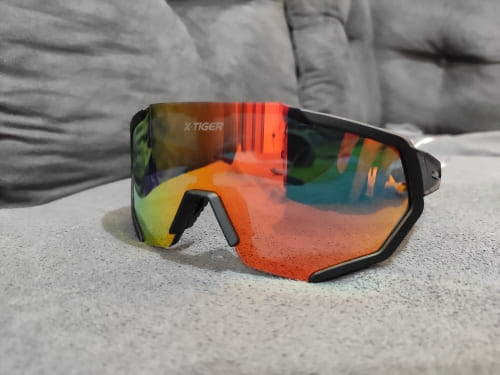 lunette vitesse colorees vent