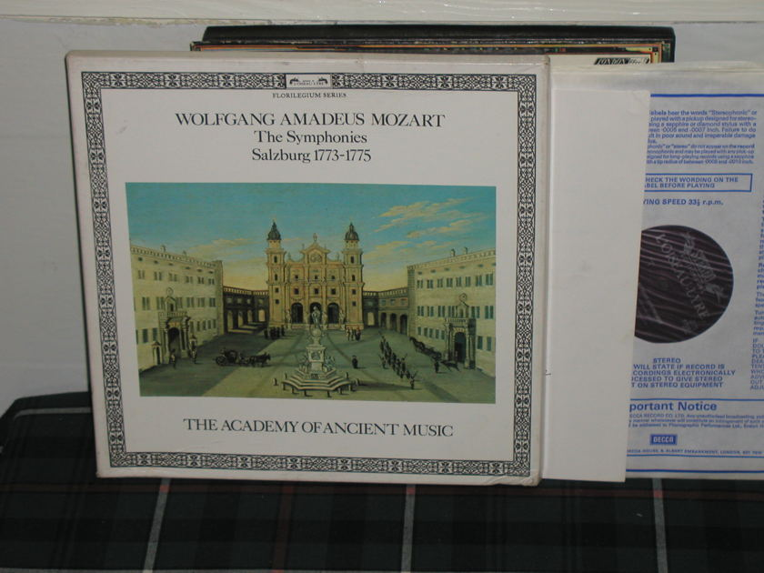 Hogwood/Schroder/AAM - Mozart Salzburg Sym Decca L'Oisieau holland press