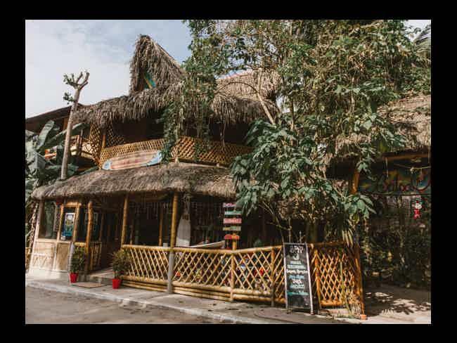 Balsa Surf Camp + Parapente + Dos Mangas-