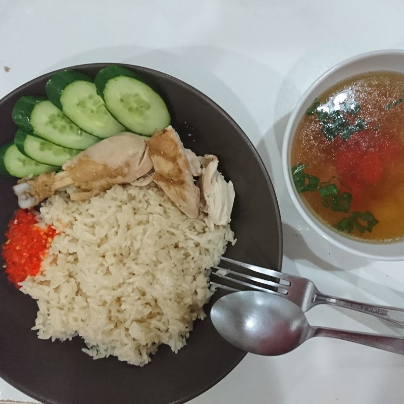 Hainanese chicken rice for dinner today!
