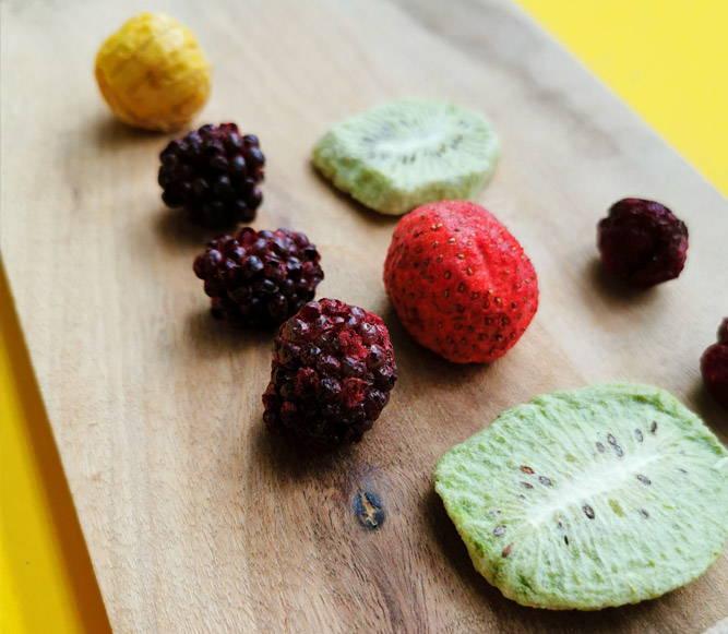Kiwi-Brombeeren-Erdbeeren