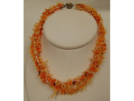 Ladies Coral and Garnet Necklace