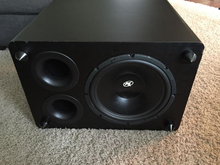 Outlaw Audio Lfm-1 subwoofer