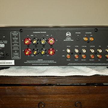 Azur 650A
