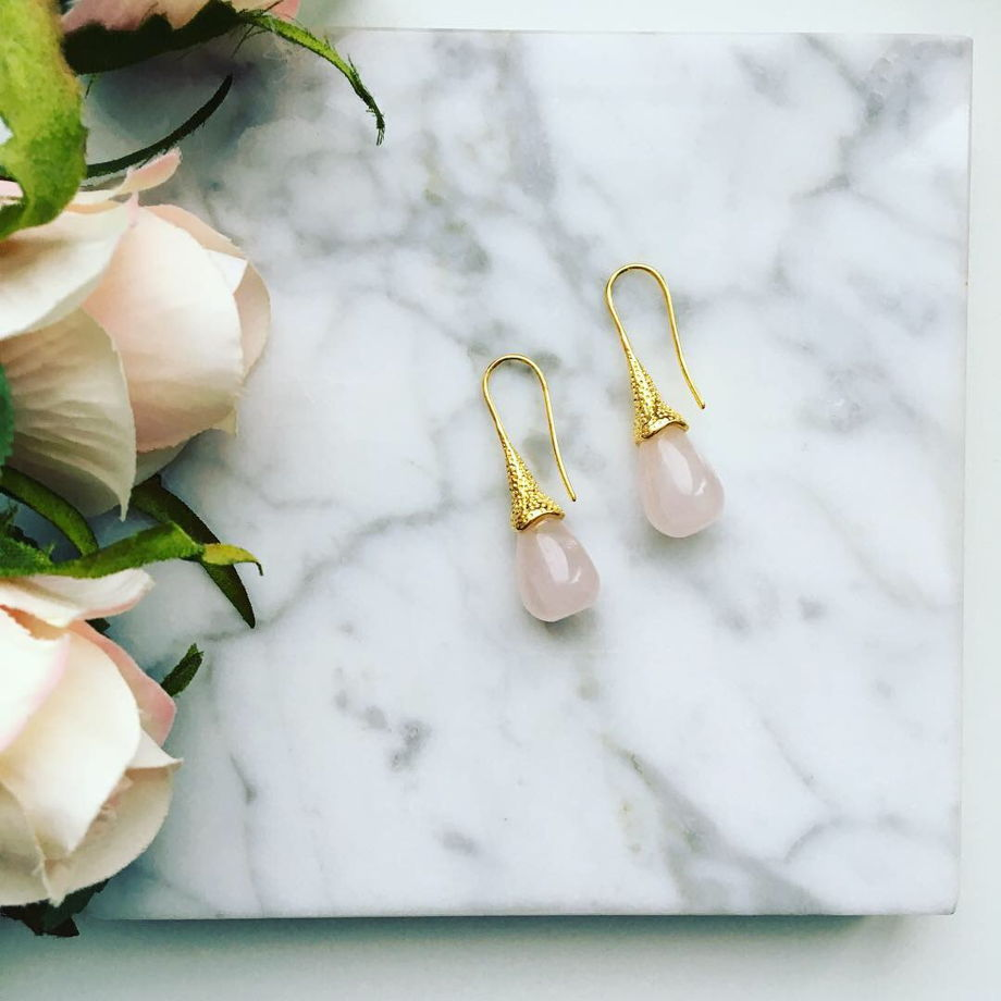 Серьги капли с розовым кварцем/горным хрусталём
