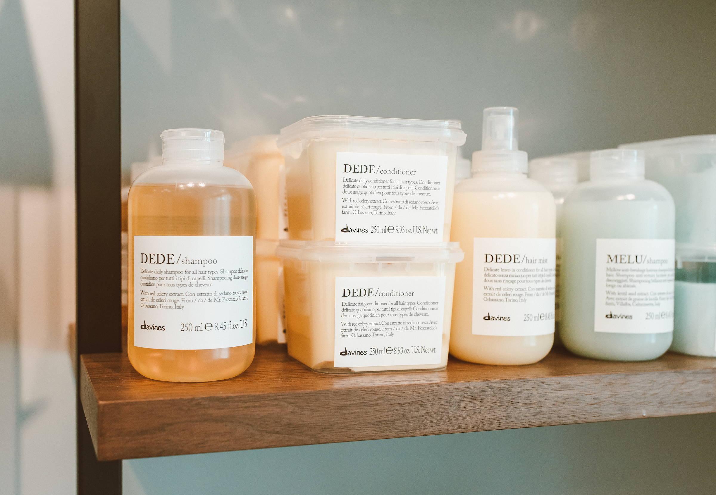 DEDE Essential Haircare shampoo Davines Ash Oak Salon