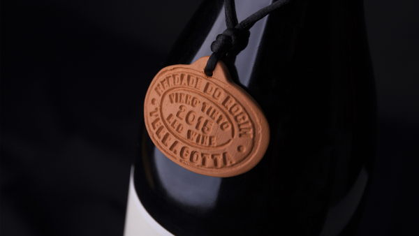 Rita Rivotti Designs The Identity And Packaging For Terracota (Clay Aged) By Herdade do Rocim