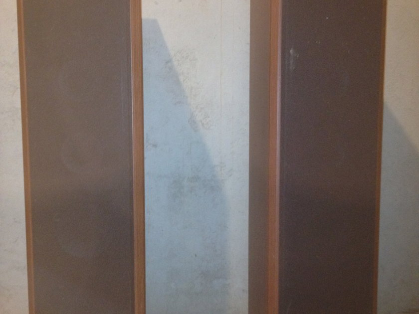 Axiom m80Ti Floor Standing Speakers