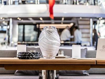 Cordless-Table-Lamps-Sunseeker-Yachts-Secretscapes