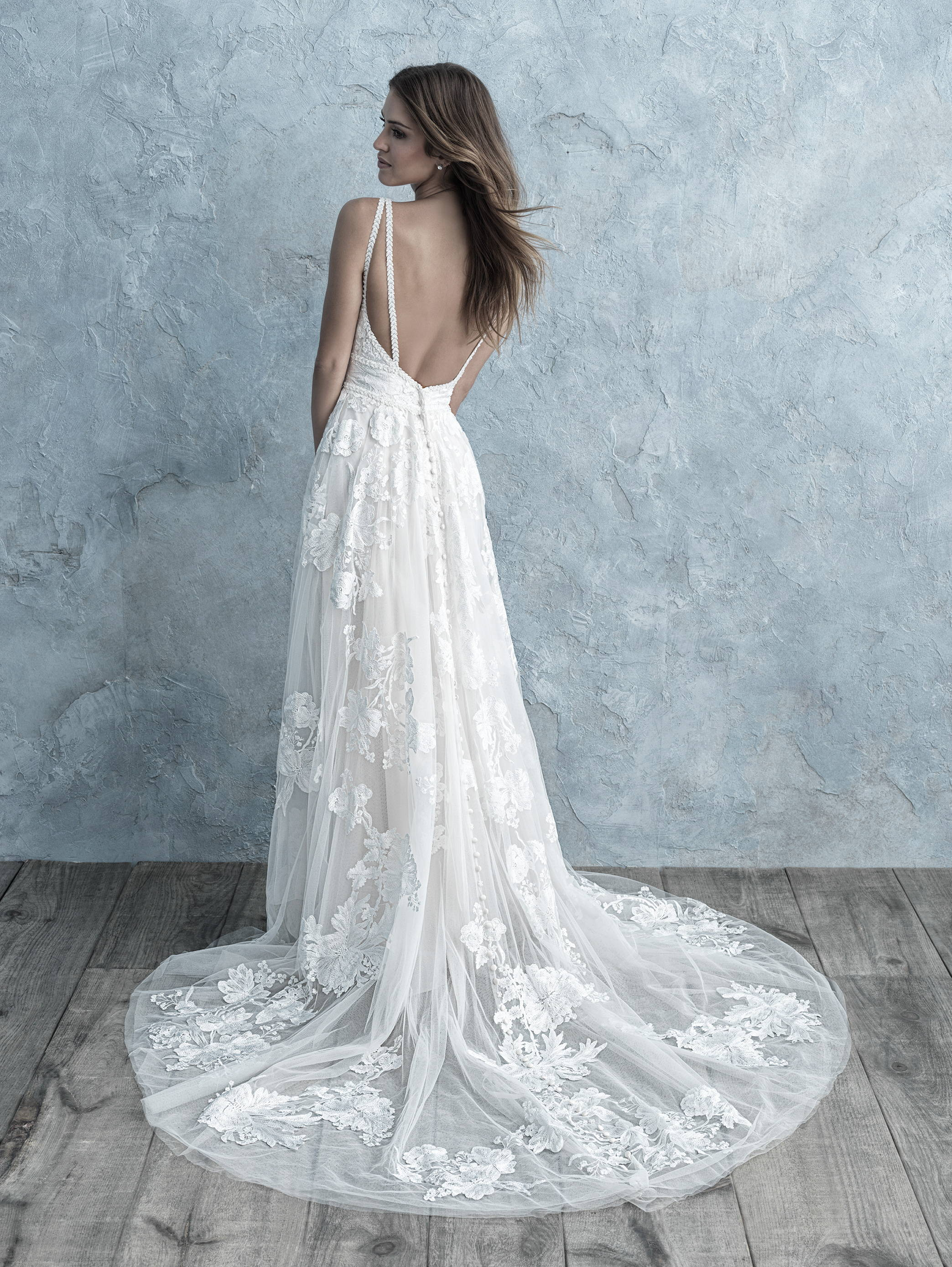 ALLURE  WEDDING DRESS C504