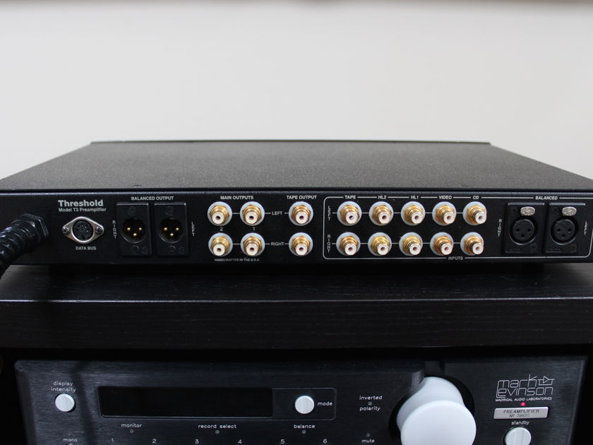 Threshold T3 stereo line stage preamplifier with remote
