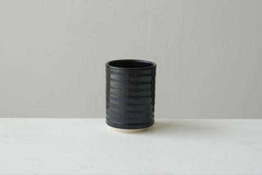 Черный рельефный стакан (на заказ)