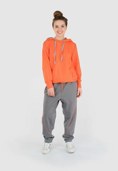 Костюм (толстовка/брюки) оранжевого цвета