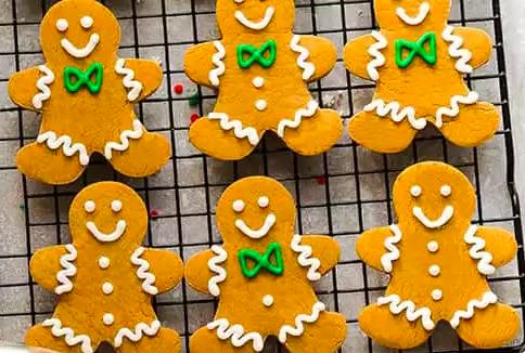 gingerbread cookies.png