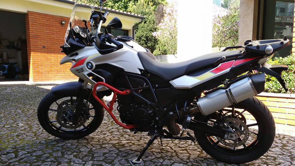 Outstanding Bmw F 700 Gs For Rent Near Fafe Fafe Squirreltailoven Fun Painted Chair Ideas Images Squirreltailovenorg