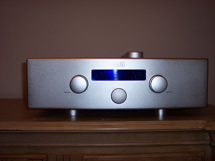 Hegel  H200 Integrated Amplifier- Absolute Sounds 2011 Component of the Year!