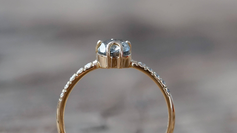Ethical gold salt and pepper diamond ring