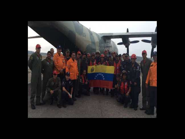 Together we are !! Ecuador in struggle!-Montañita