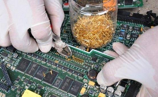 Recycled gold from e waste