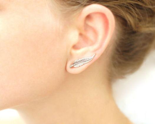 Серебряные серьги вдоль мочки уха «Перья»