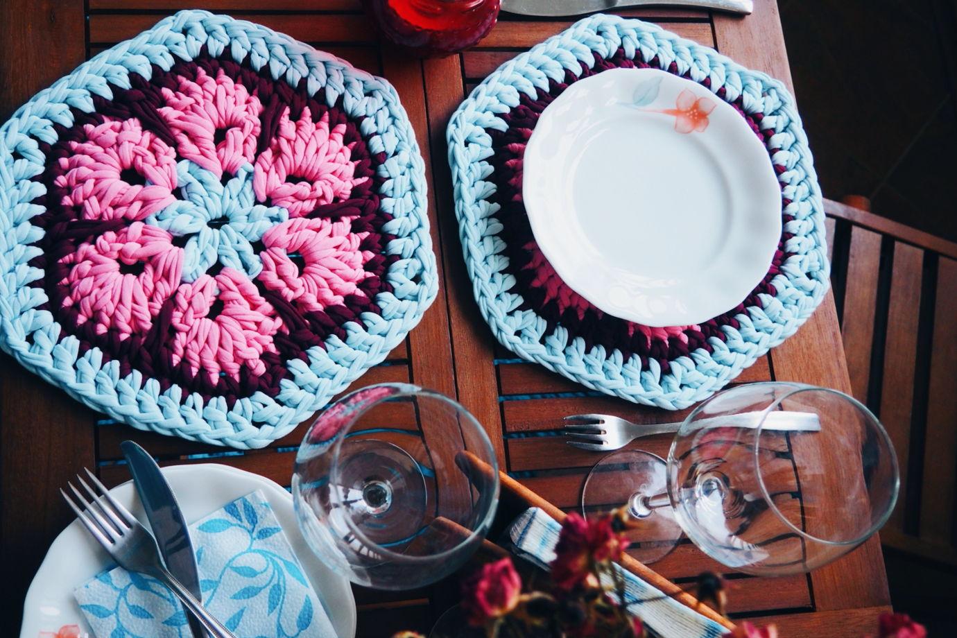 """Вязаная кухонная салфетка (подставка под горячее) ручной работы """"Солнце Марокко"""" из 100% хлопка"""