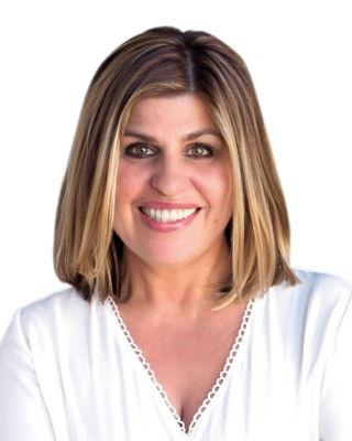 Elizabeth Dracontaidis