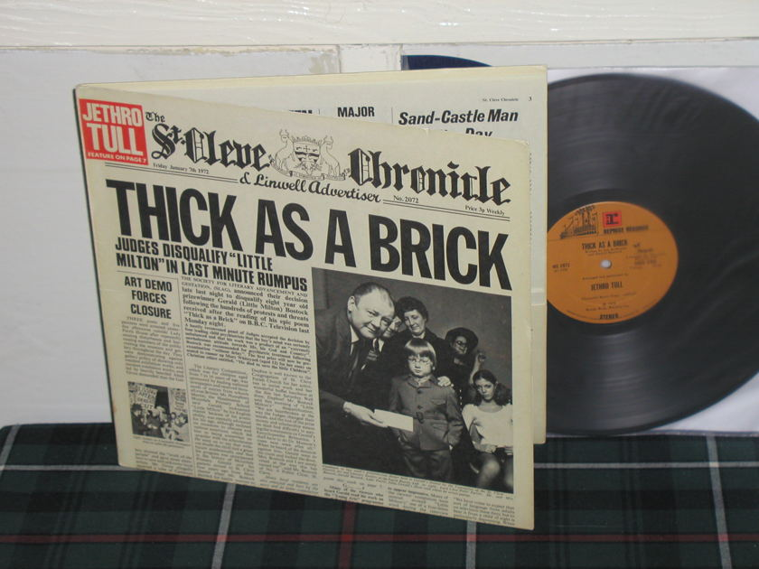 Jethro Tull - Thick As A Brick 1st issue Newspaper Cover/Tan Reprise