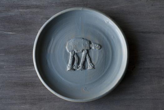 Тарелка ручной работы AT-AT