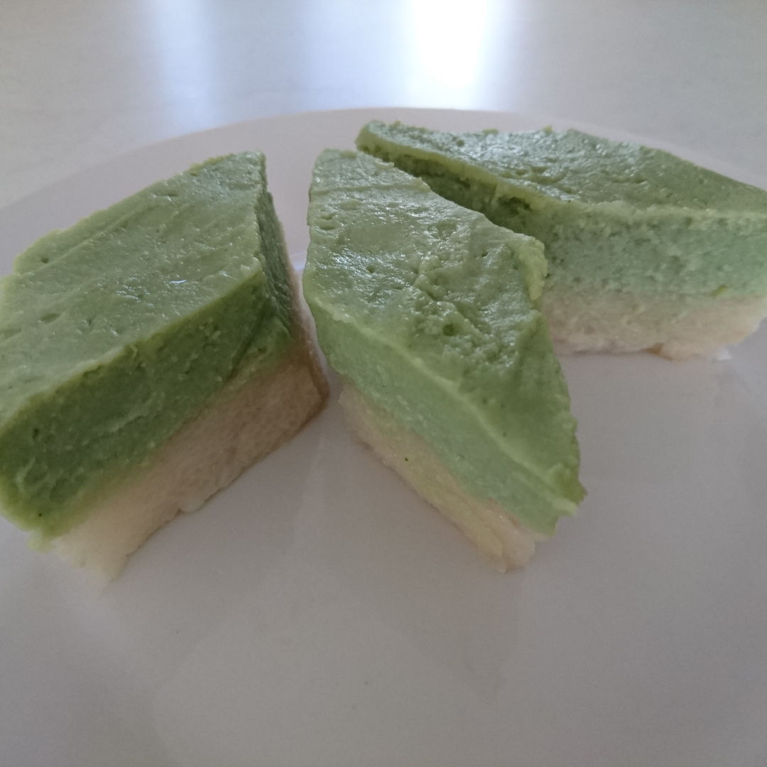 """Date: 28 Oct 2019 (Mon) 13th Dessert: Kuih Seri Muka (Steamed Glutinous Rice with Pandan Custard) [81] [102.8%] [Score: 9.0] Author: Nyonya Cooking [Grace Teo]  Cuisine: Malaysian, Singaporean, Indonesian, Bruneian  Dish Type: Dessert  Taste wise this is a superb recipe (including tips and all). The score was 9.0 because texturally (the top layer and the bottom layer) it wasn't properly done yet.  BTW, I came across """"The Next Stage... [Nyonya Cooking]"""" recorded on Apr 20, 2018 https://www.youtube.com/watch?v=vBsBaGLdyHs  What about this so called membership? I click on it and Oops! came out. Also, there was this one time I stumbled on a Nyonya Cooking website, I clicked and a fox floating in space came out!  Nyonya Cooking was brilliantly conceived and managed. It is a treasure trove of cooking recipes complete with videos, written instructions, tips, and all; making cooking the recipes nearly foolproof.  The failure in getting the right outcome lies on the skill of the cooker, not the recipe."""