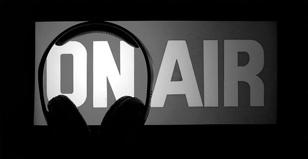 Ушел из жизни диктор Костромского областного радио Анатолий Макаров - Новости радио OnAir.ru