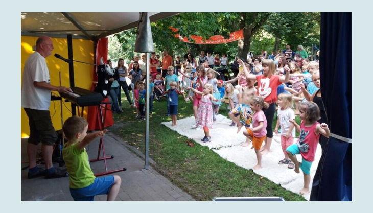 regenbogenhaus tanzen und singen