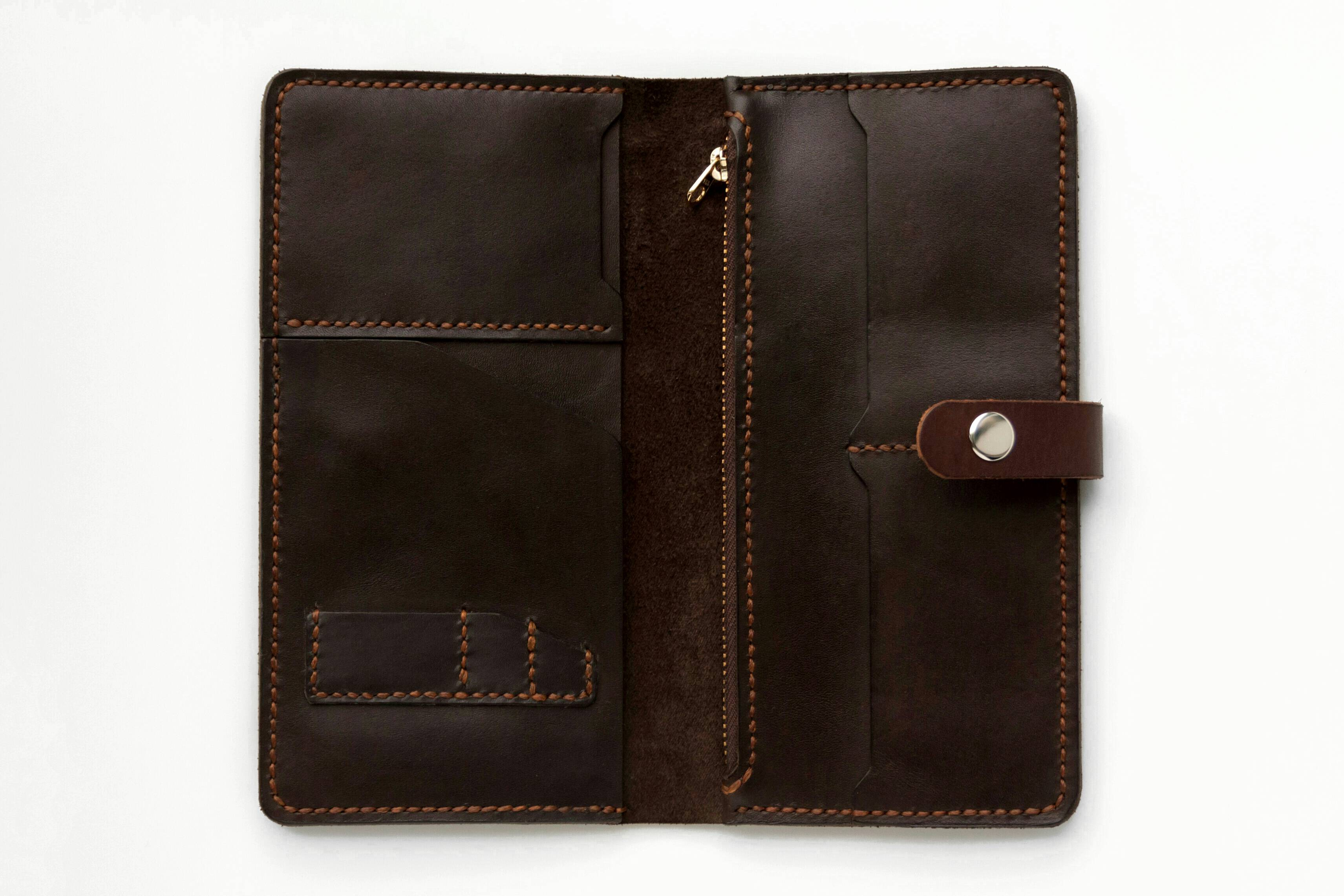 3b08519080d5 Travel-портмоне из натуральной кожи в магазине «ШOEVA» на Ламбада ...