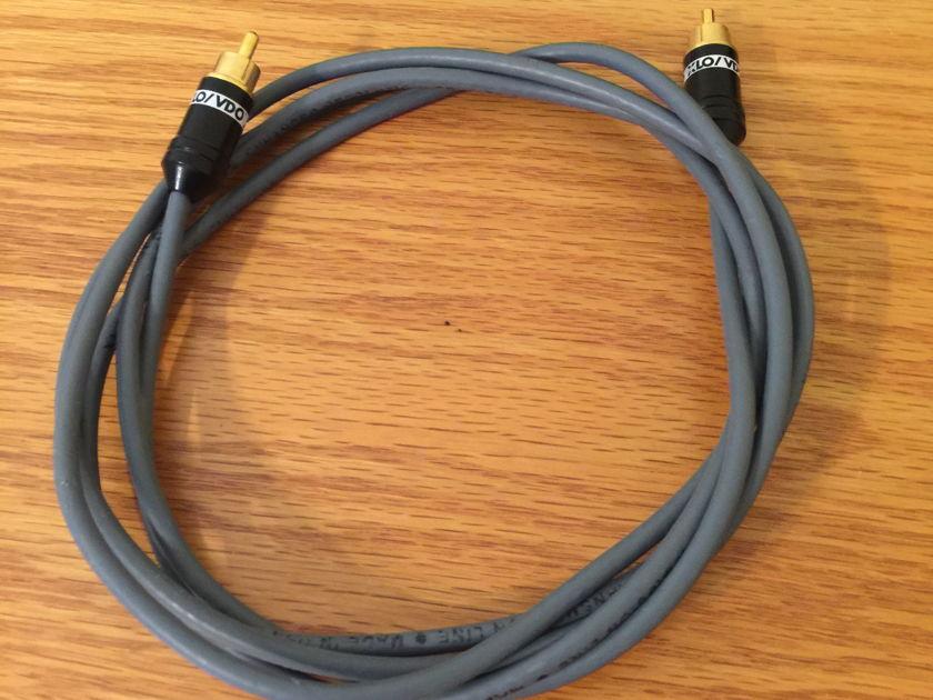 XLO Electric VDO ER6 2m RCA