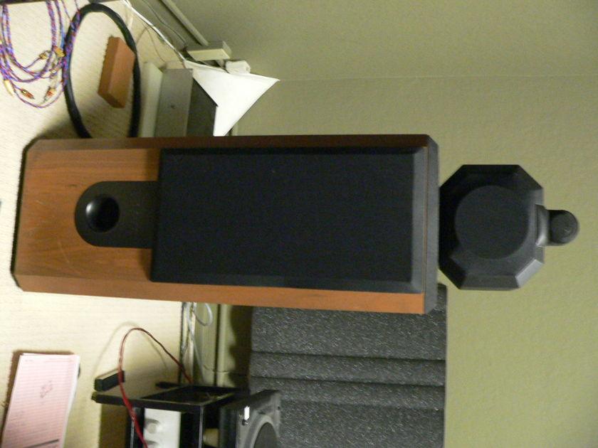 B&W Matrix 802 Series 2 in excellent condition