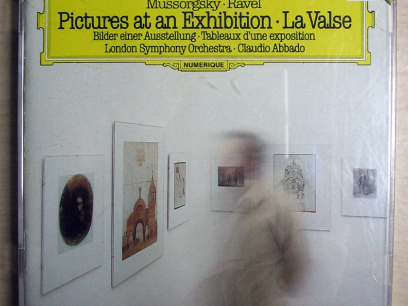 Mussorgsky, Ravel - London Symphony Orchestra, Cl - Pictures At An Exhibition / La Valse   Deutsche Grammophon ‎– 410 033-2