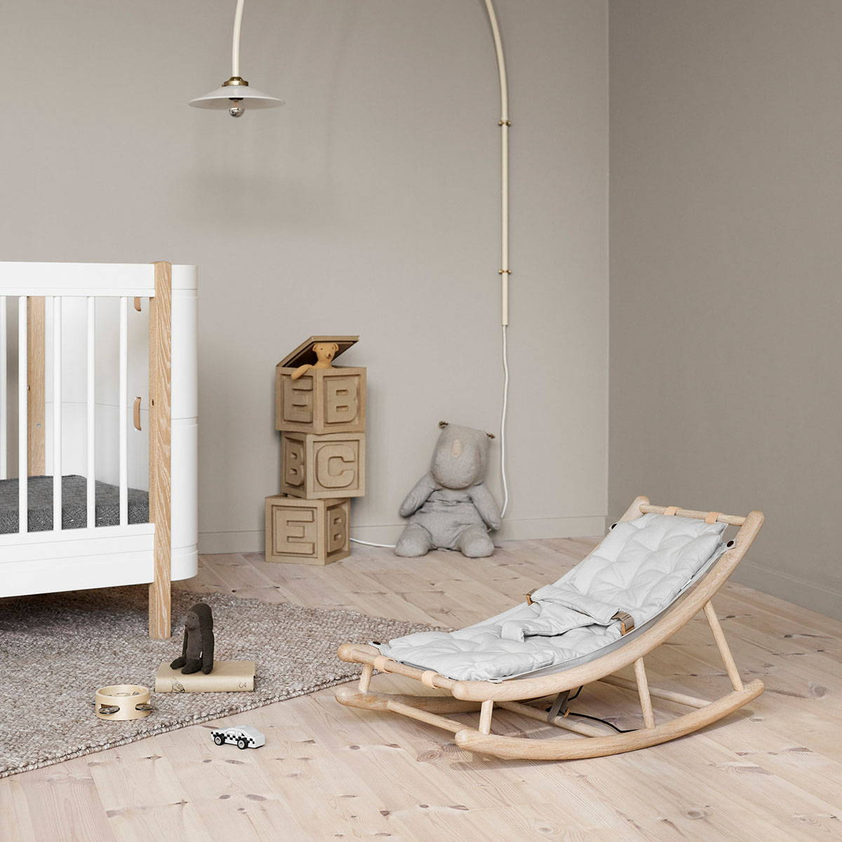 Oliver Furniture Wood Baby- und Kinderwippe