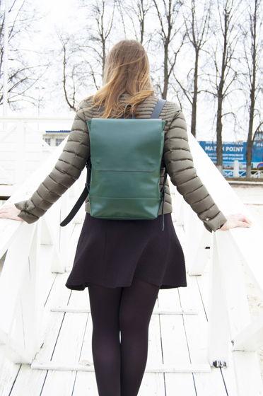 Кожаный зеленый большой городской рюкзак