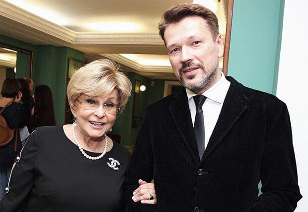 Ангелина Вовк получила предложение руки и сердца от радиоведущего, который моложе ее на 25 лет - Новости радио OnAir.ru