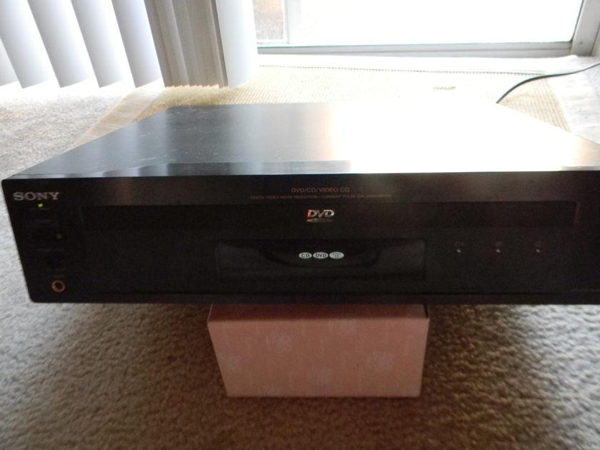 Sony DVP-S7000 Good condition