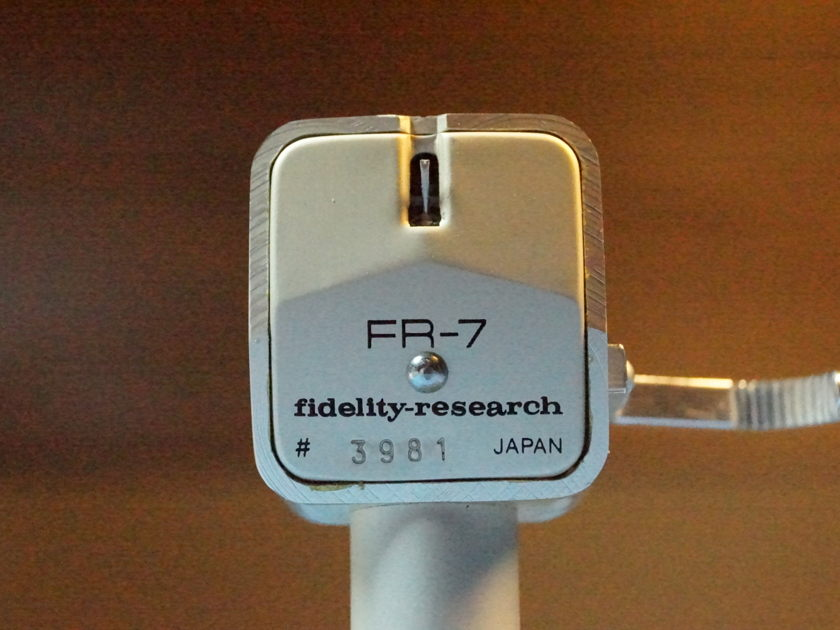 Fidelity Research FR-7                                       Moving Coil